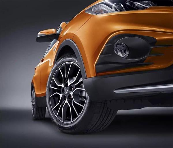 东南DX3配置分析:小型SUV市场的搅局者