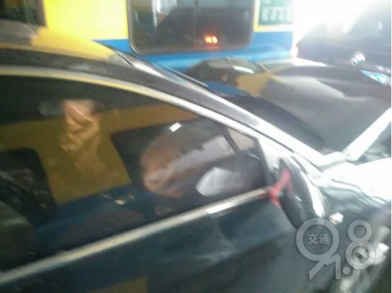 两脚油门,一辆宝马从浙江被撞到了江西!!!