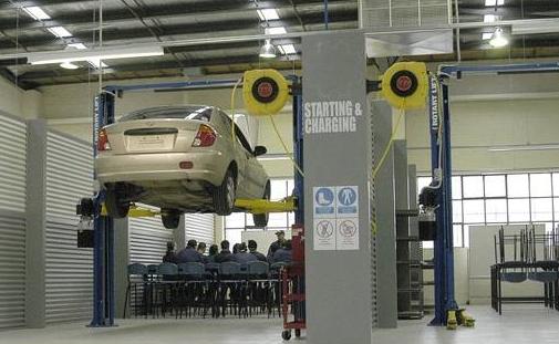 节后爱车保养正当时 机油更换有门道005