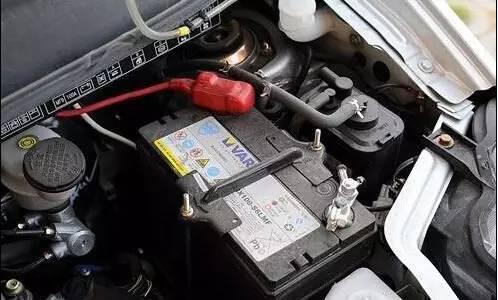 不作不死,这几件事不注意真的会导致汽车自燃!