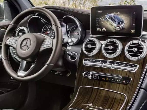 汽车科技访谈 张辉:买豪华车顶配时你究竟买到什么