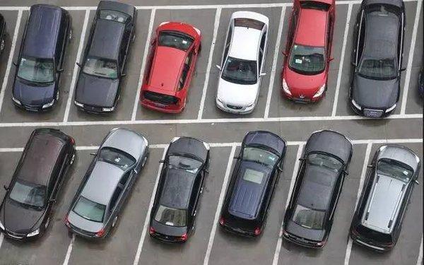实用帖 99条汽车驾驶技巧大全(图2)