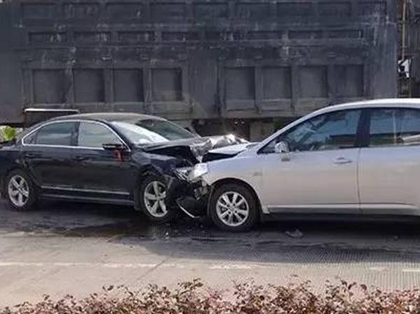 这几点你一定中招!关于汽车安全性的误区!(图1)