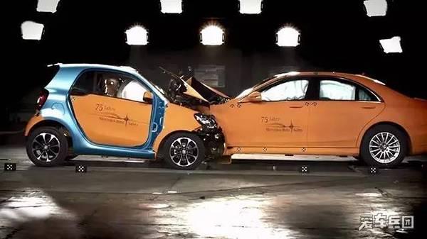 这几点你一定中招!关于汽车安全性的误区!(图4)