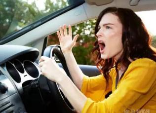 高温天气行车安全知识 驾驶员一定要牢记