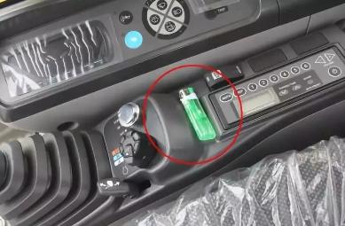 放2瓶矿泉水在车里,惨痛代价瞬间发生!