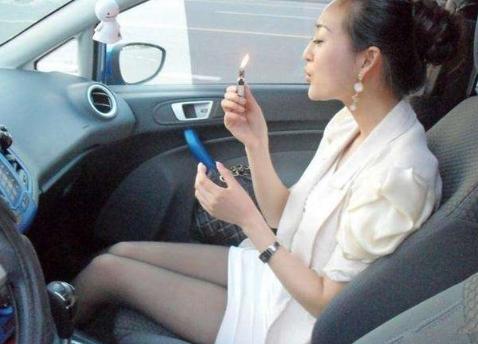 车内异味哪里来,教你逐个排除!