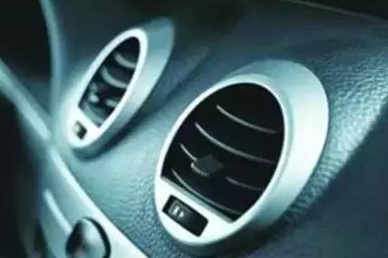 停车后先熄火还是先关空调?做错后果很严重!