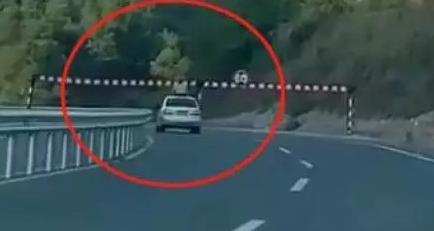 当场毙命!揪心视频,再次为车主敲响警钟!
